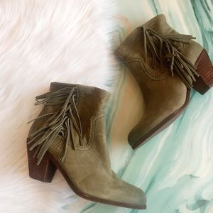 New Sam Edelman Green Fringe Louie Booties